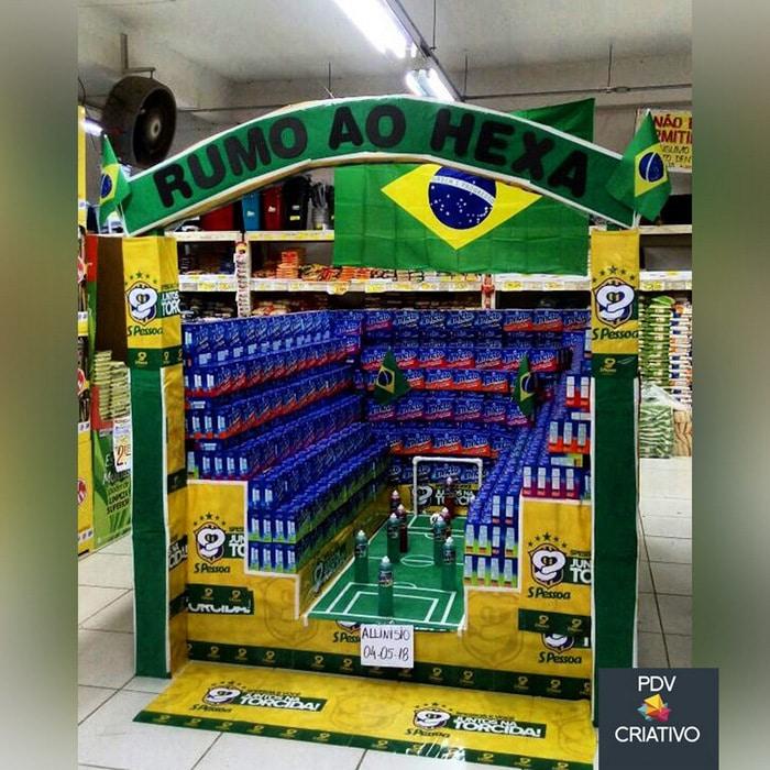 26 gênios brasileiros da decoração de supermercado 8