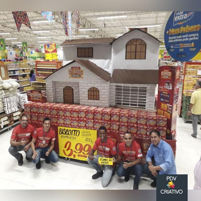 26 gênios brasileiros da decoração de supermercado 9