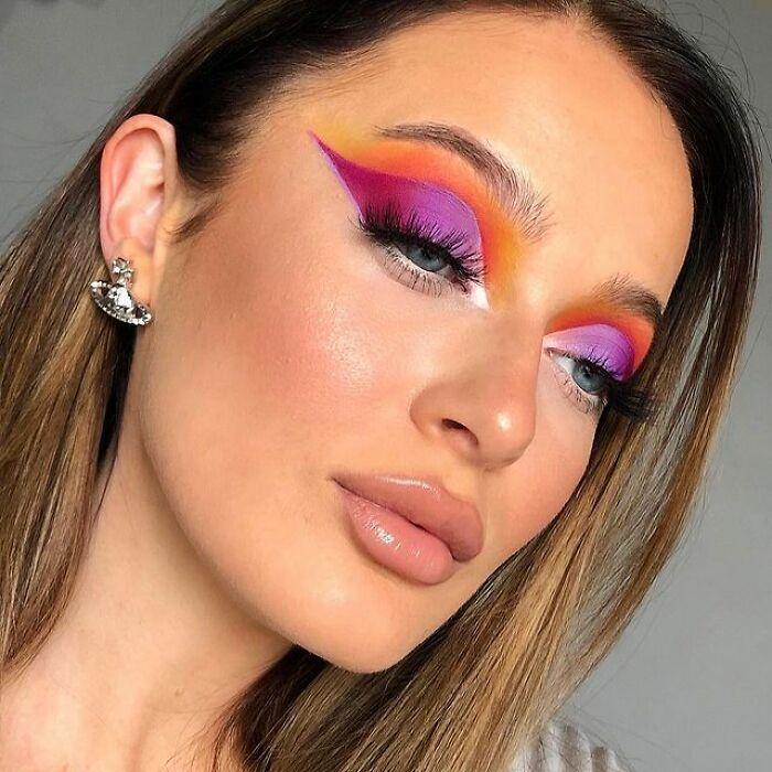 Artista de maquiagem se transforma em qualquer celebridade ou ilusão de ótica que ela deseja 19