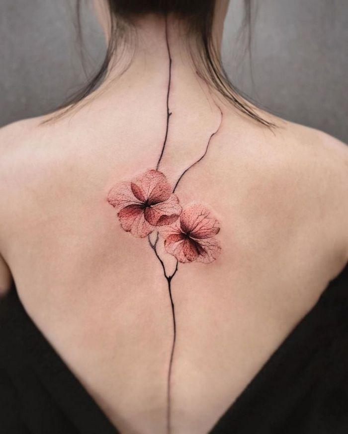 Artista faz tatuagens de tirar o fôlego que parecem ter saído de um conto de fadas 9