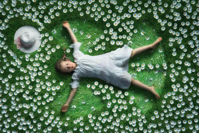 Fotógrafo cria manipulações extraordinárias com a sua própria família 22