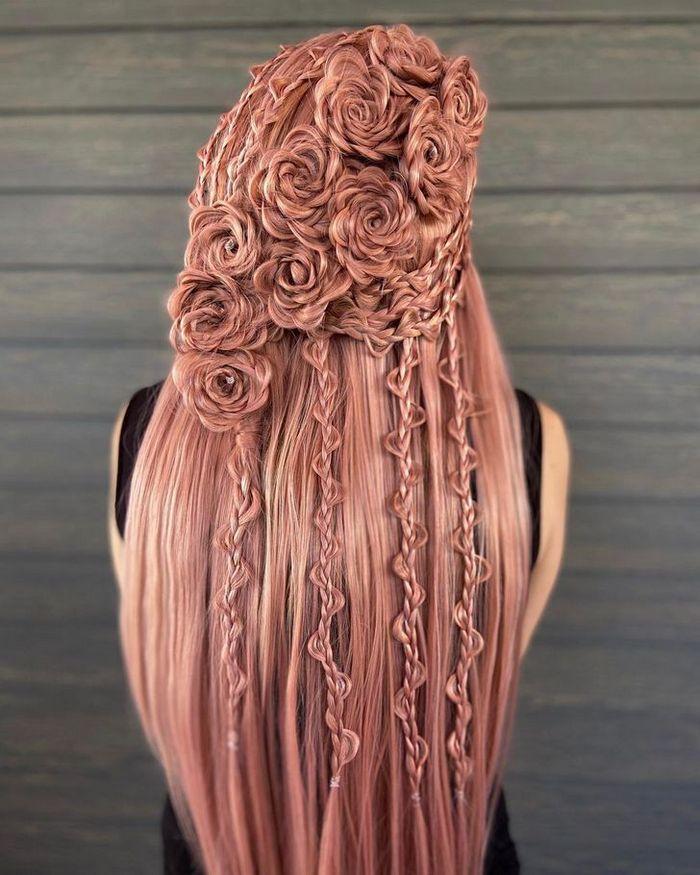 Um cabeleireiro cria penteados incríveis que se tornam virais em um piscar de olhos 33