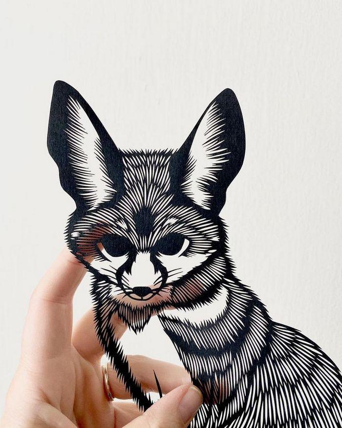Artista faz obras de artes extremamente complexas com papel e bisturi 12