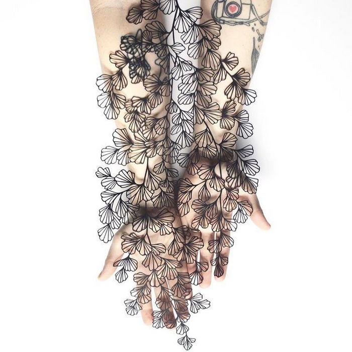 Artista faz obras de artes extremamente complexas com papel e bisturi 13