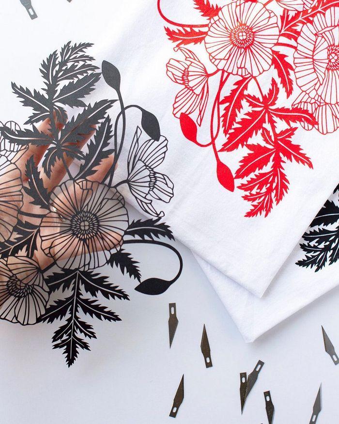 Artista faz obras de artes extremamente complexas com papel e bisturi 15