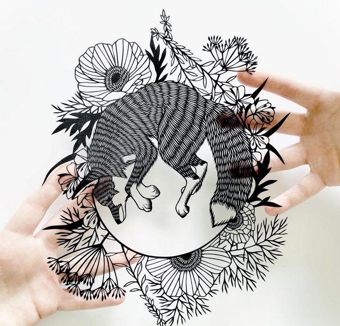 Artista faz obras de artes extremamente complexas com papel e bisturi 17