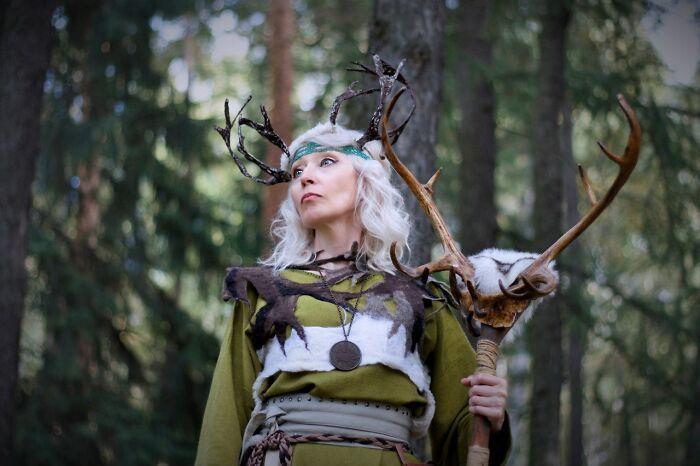 Esta avó russa de 58 anos faz suas próprias fantasias nestes 46 cosplays 19
