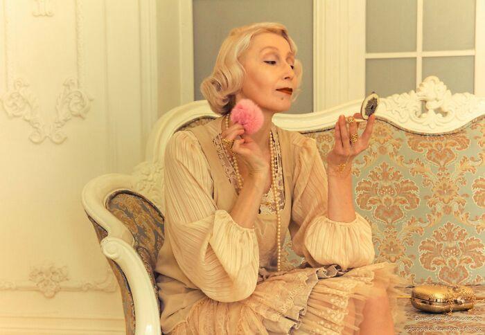 Esta avó russa de 58 anos faz suas próprias fantasias nestes 46 cosplays 46