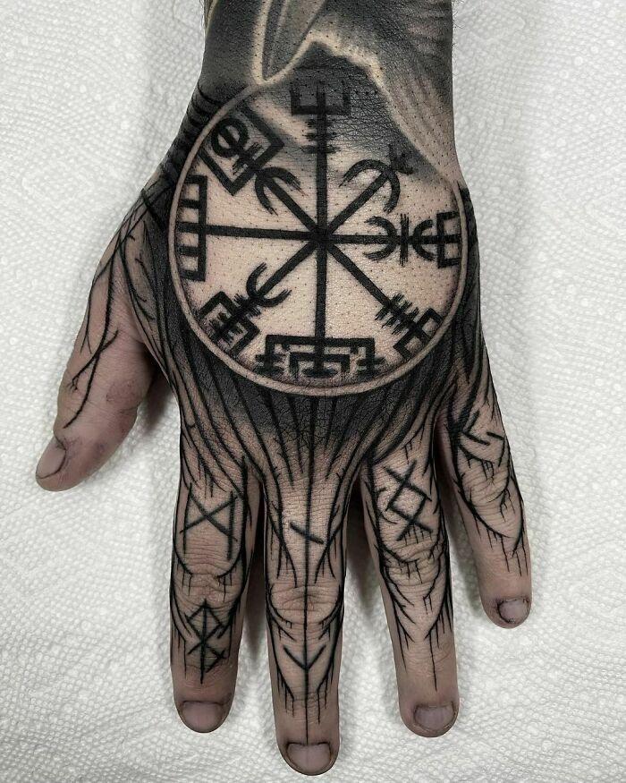 52 melhores tatuagem Viking e Nórdica para você se inspirar 11