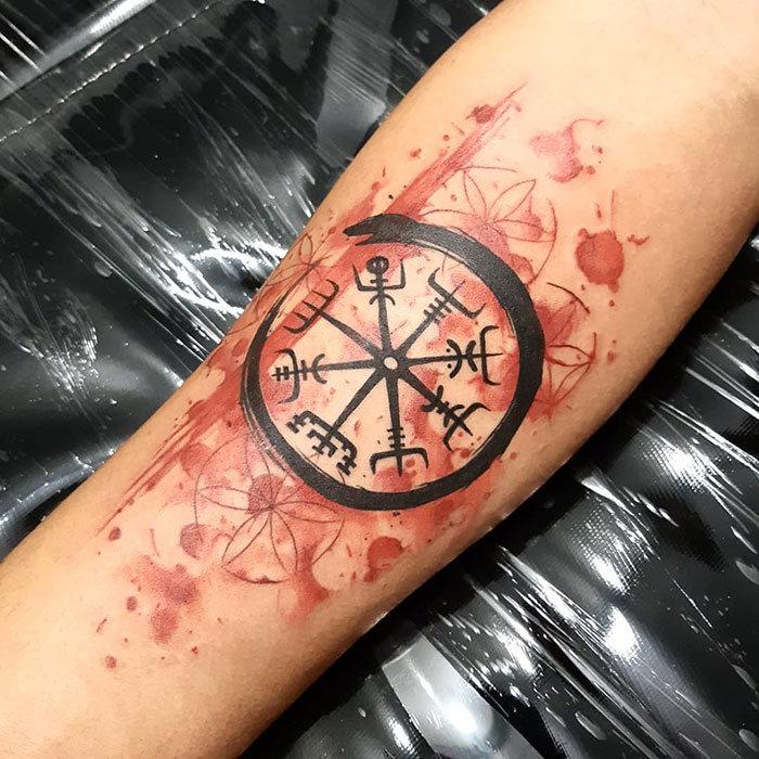 52 melhores tatuagem Viking e Nórdica para você se inspirar 41