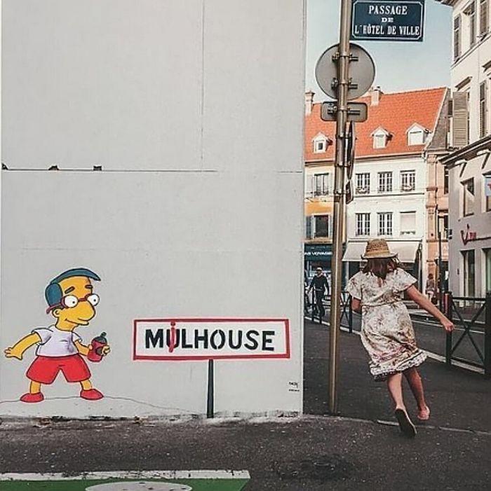 Artista francês cria arte humorística nas ruas de Paris 4