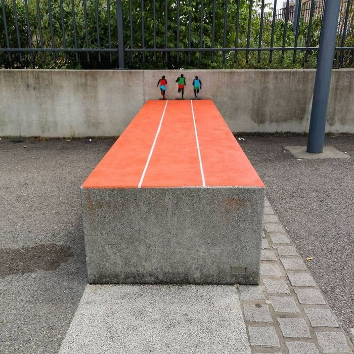 Artista francês cria arte humorística nas ruas de Paris 19