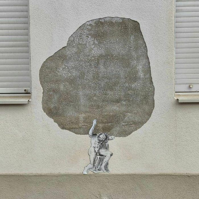 Artista francês cria arte humorística nas ruas de Paris 37