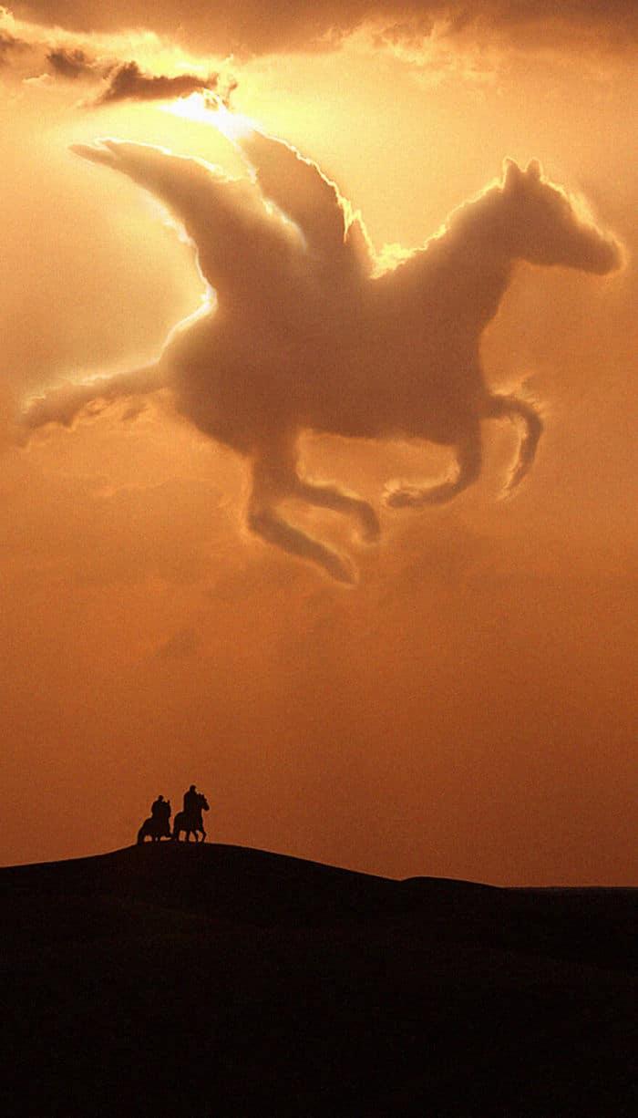 As pessoas foram desafiadas a criar nuvens no Photoshop (42 fotos) 42