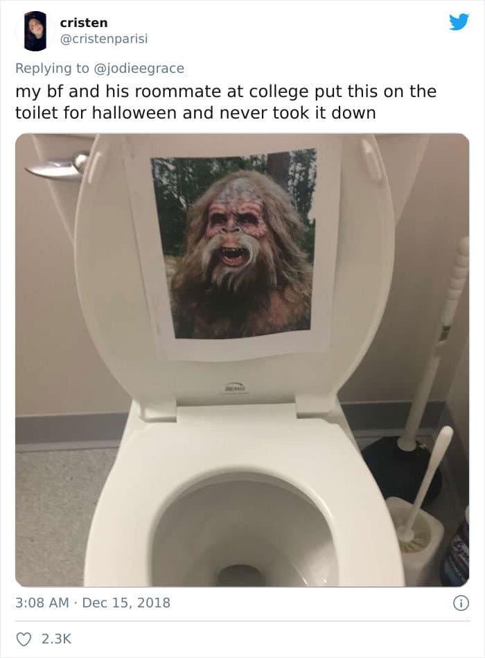 31 coisas estranhas nos banheiros dos rapazes 27