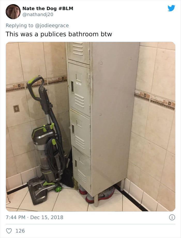 31 coisas estranhas nos banheiros dos rapazes 28
