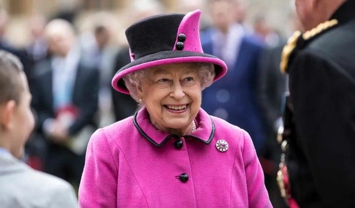 39 regras da realeza britânica que não faz sentido no pleno século 21 34