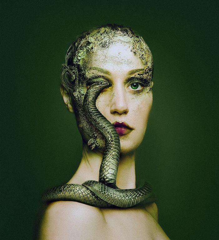 Artista húngara compartilha os olhos dos animais em sua série de auto-retratos (19 fotos) 5