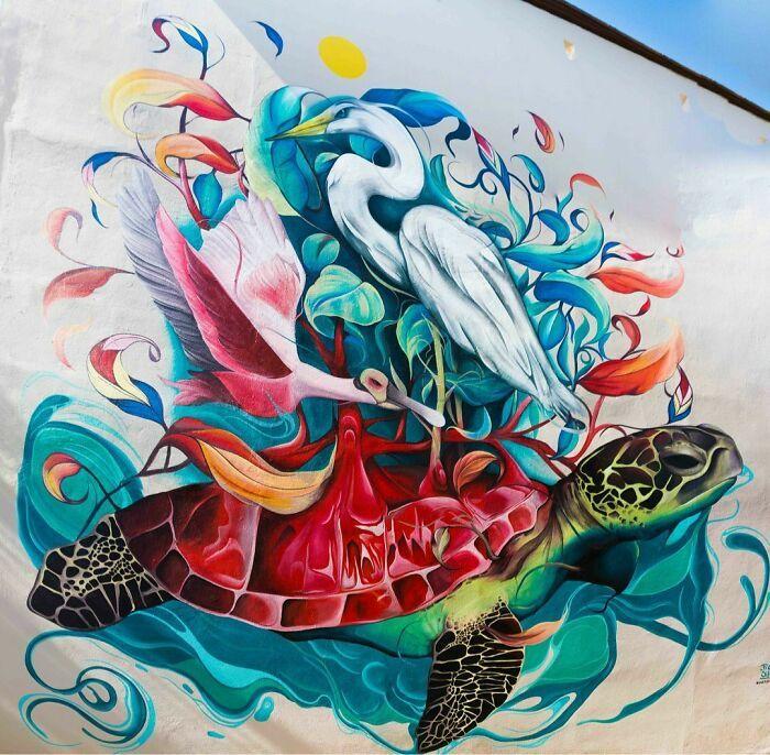 32 edifícios decorados com hipnotizantes murais de vida selvagem 5