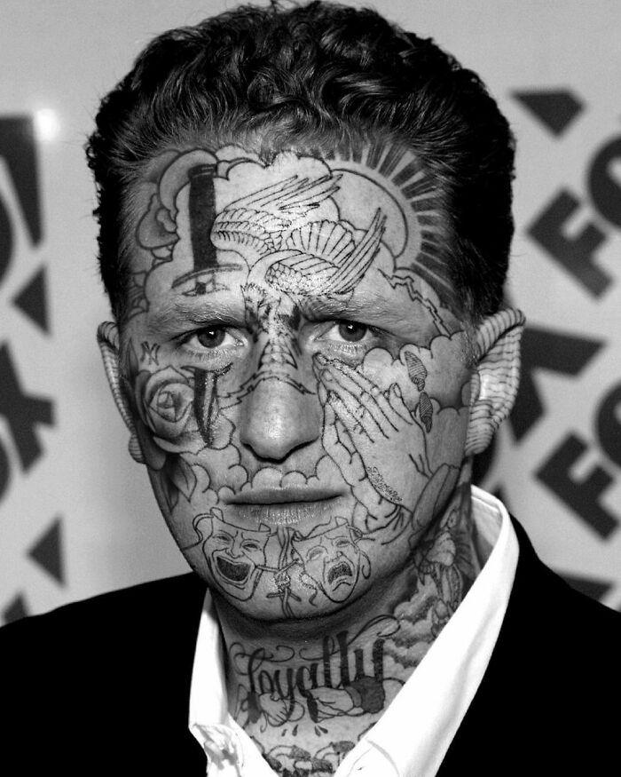 Qual seria a aparência de 48 celebridades se tivessem tatuagens legais 16