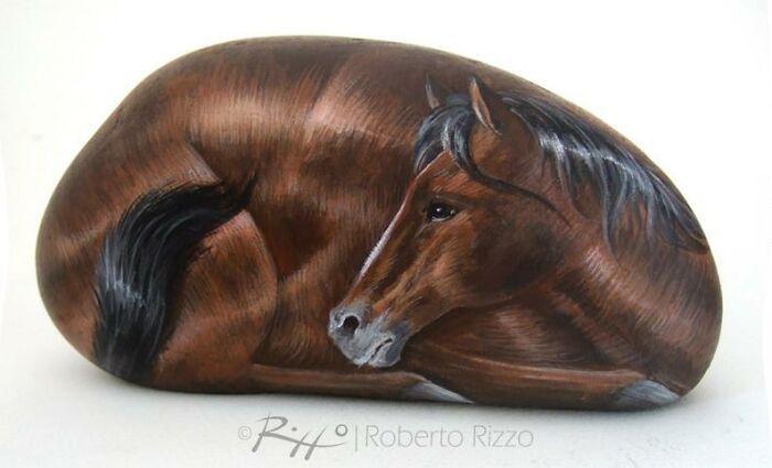 Artista transforma pedras em pinturas incríveis de animais (30 fotos) 4