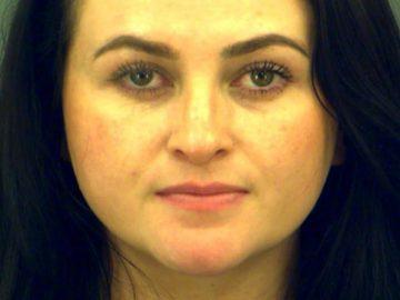 Mãe se passa por filha de 13 anos e é presa por isso 3