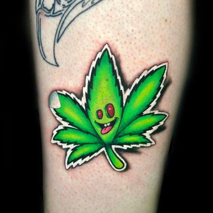 Tatuador cria tatuagens em adesivos que parecem reais (54 fotos) 17