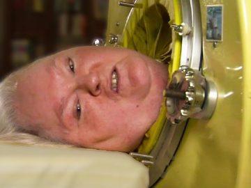 A mulher que viveu 60 anos presa em uma máquina 3