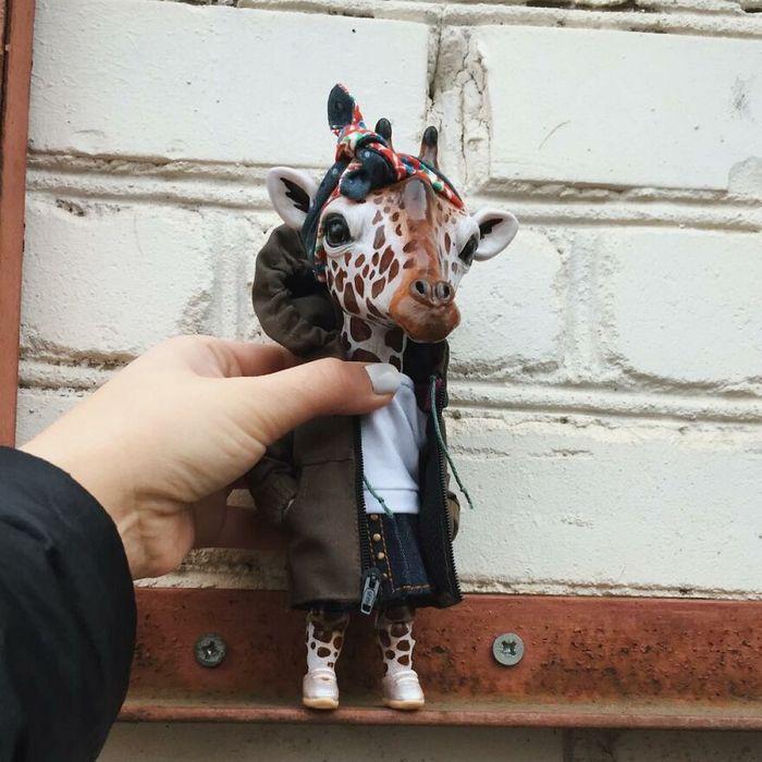 42 bonecos de animais de barro com roupas da moda 11