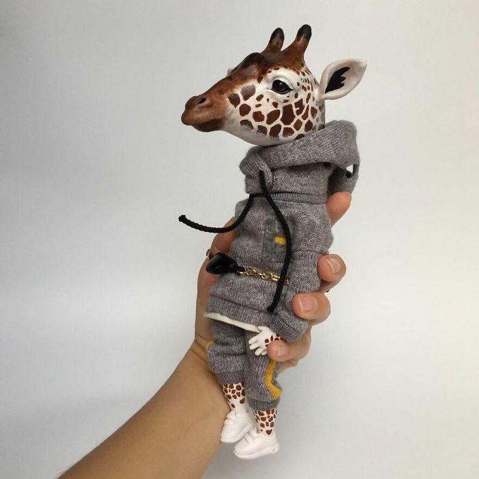 42 bonecos de animais de barro com roupas da moda 16