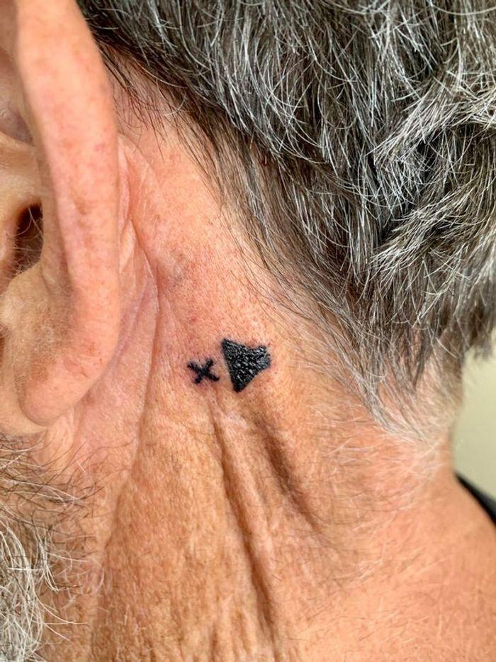 21 pessoas que fizeram tatuagens com grande significado pessoal 14