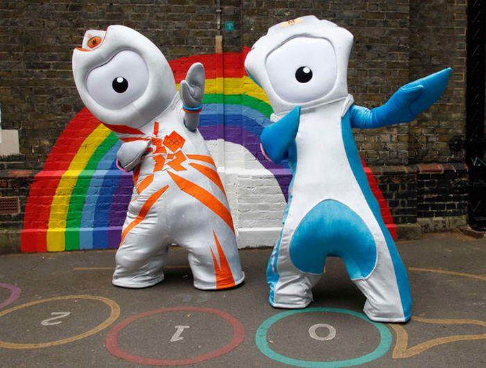 Você se lembra de quais Olimpíadas eram estes mascotes? 6
