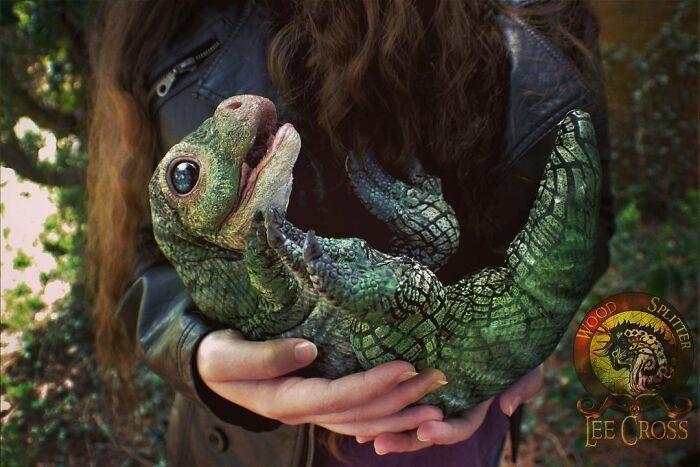Esta artista faz esculturas de animais em madeira e pele sintética (38 fotos) 18
