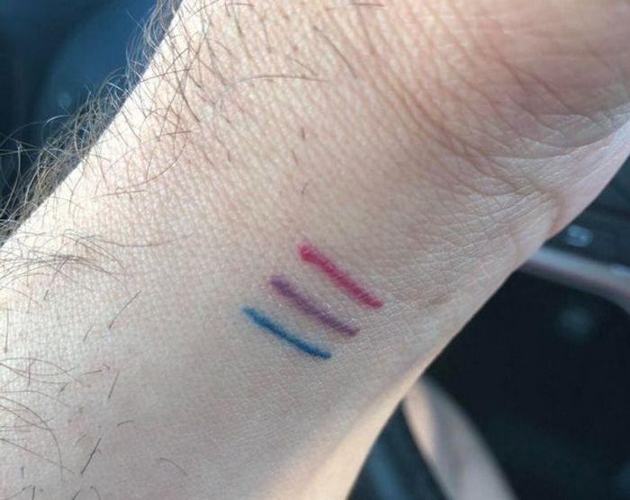 17 histórias engraçadas e emocionantes por trás de tatuagens 8