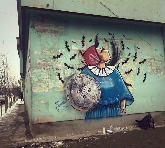 42 obras de arte tocantes da primeira artista de rua feminina do Afeganistão, Shamsia Hassani 13