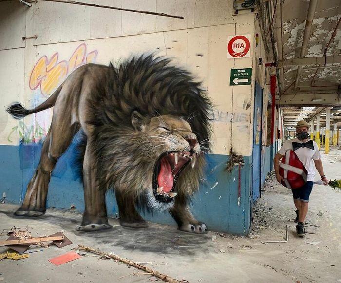 Artista de rua francês pinta graffiti de criaturas em 3D e não é para os fracos de coração (43 fotos) 23