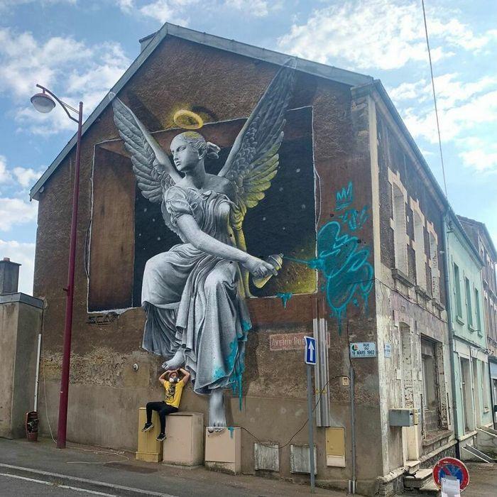 Artista de rua francês pinta graffiti de criaturas em 3D e não é para os fracos de coração (43 fotos) 29