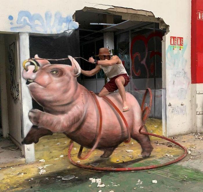 Artista de rua francês pinta graffiti de criaturas em 3D e não é para os fracos de coração (43 fotos) 30