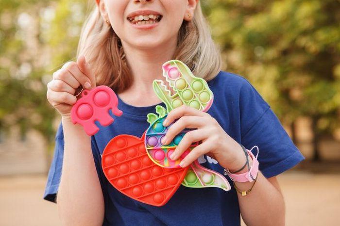 Fatos sobre Fidget Toys o brinquedo que é mania do momento entre as crianças 2
